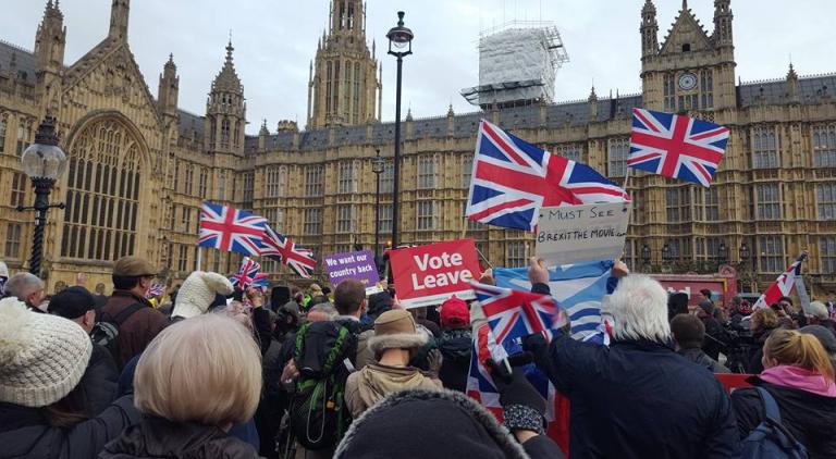 brexit-feet-in-london